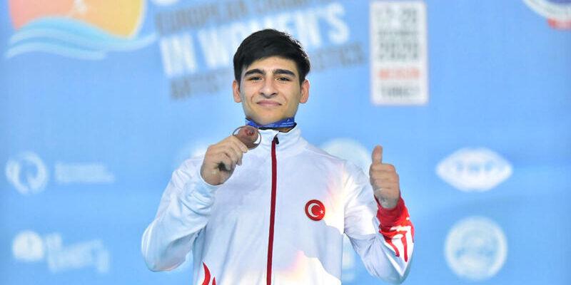 Avrupa Erkekler Artistik Cimnastik Şampiyonası'nda gençlerden 4 madalya