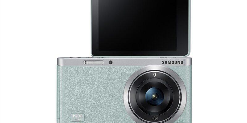 Samsung'un Smart fotoğraf makinesi NX mini